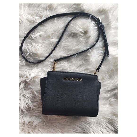 7b8e7d924b74 Michael Kors Selma Mini Saffiano Leather Crossbody.  M_58139da48f0fc46cfc00ceb5