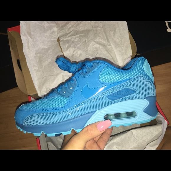 8ac84330836 Nike air max 90 women s rare find