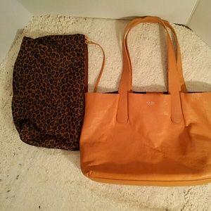 Perlina Handbags - Perlina leather bag in a bag tote