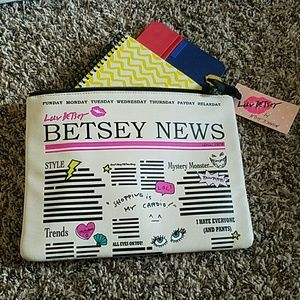 NWT Betsey Johnson iPad case
