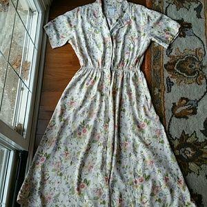 Vintage floral dress. Vintage  12.
