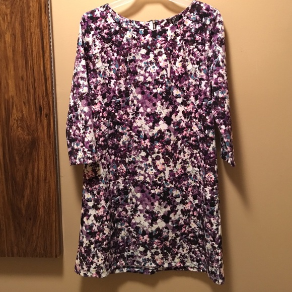 e4a5b4bcae11 H&M Dresses & Skirts - H&M NWOT Purple Floral Shift Dress 3/4 Sleeve