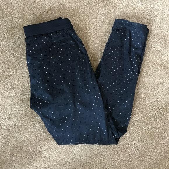 769e843289fc0 Uniqlo Pants | Heattech Leggings | Poshmark