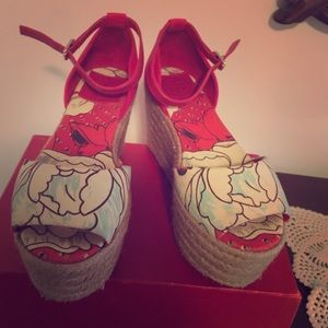 Tory Burch Shoes - Tory burch red canvas like new wedges wore once