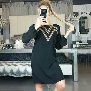 Dresses & Skirts - 💋HP💋🆕 Embroider detailed Tunic dress NWT
