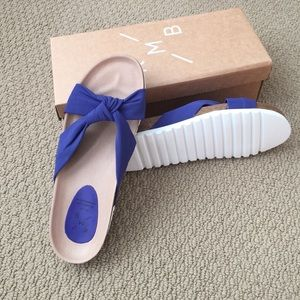 New in Box KMB Slides from Anthropologie Sz41