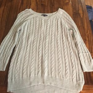 American Eagle 3/4 Sleeve Sweater