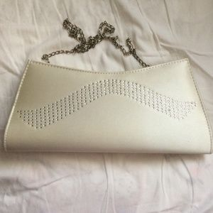 MOVING SALEBeige Clutch with Removable Chain