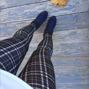 Pants - •LAST ONE• Plaid soft leggings