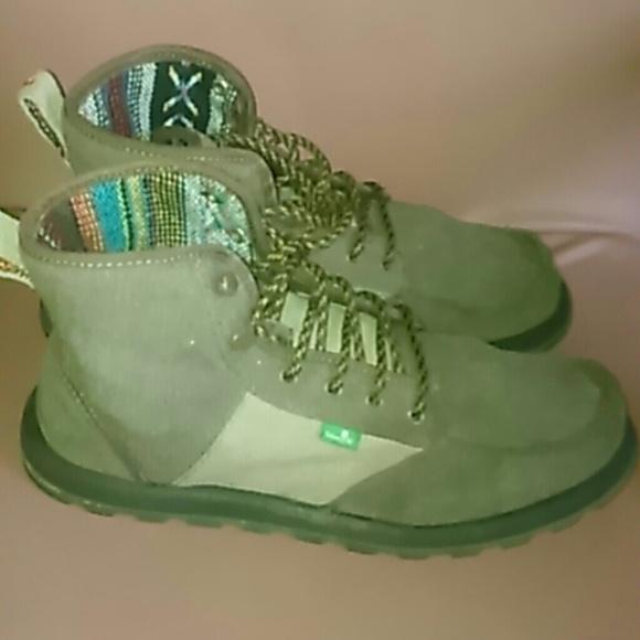 Sanuk men s 10 canvas boots Sunbrella. M 5813e563f0928220e805ca1a 01870a9ae