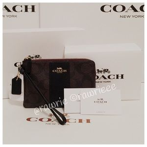 New Coach signature wristlet with gift box