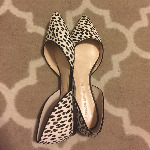 Banana Republic Shoes - BR Calf Hair Flats