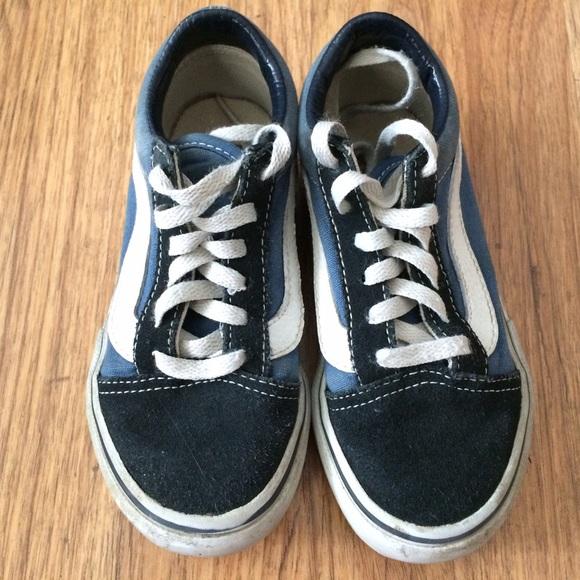fc4754679b VANS Old Skool Navy White Suede Kid s Sneakers. M 58141dcb2de5127f8906420c