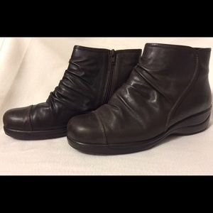BROWN, RUCHED, LEATHER ANKLE BOOTS.