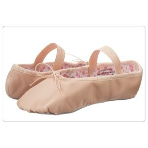 Capezio Other - Pink ballet flats new in box size 3M