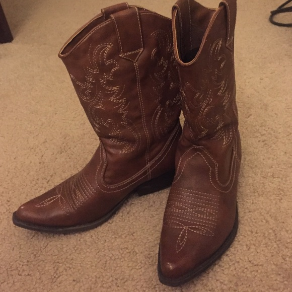 american eagle by payless cowboy boots from s
