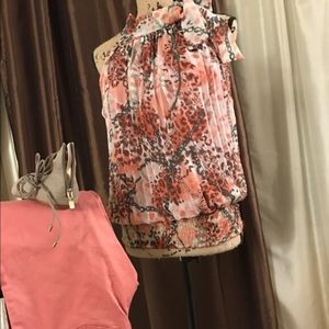 Tops - Pretty light blouse with side neck tie
