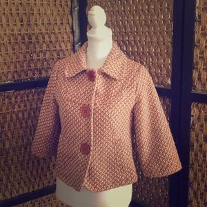 Vintage fully lined cropped jacket!
