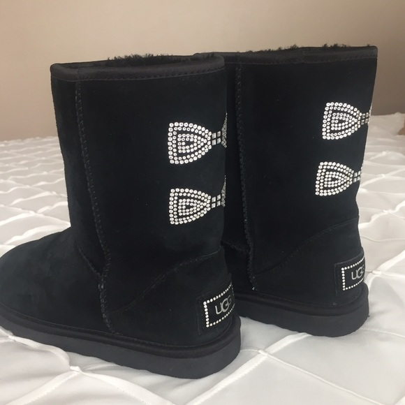 black uggs with bows and rhinestones