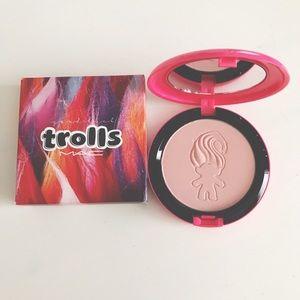 NEW MAC Trolls Play It Proper Beauty Powder