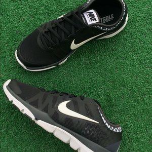 check out dab8b e9fe6 Nike Shoes - Women s Nike flex supreme tr 3 sneakers