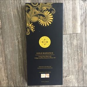 Passport to Beauty Other - Gold Radiance Luxury Mask