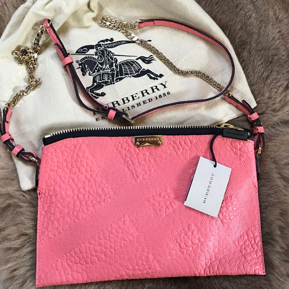 972000896cad NWT Burberry coral cross body bag