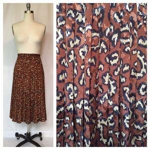 Vintage Leopard Print Pleated Midi Skirt