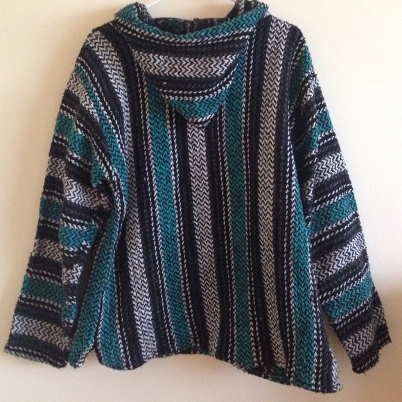 Urban Outfitters Sweaters   MEXICAN BAJA DRUG RUG HOODIE IN SIZE LARGE [L]