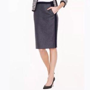 J. Crew No. 2 Pencil skirt. Gray w/navy. Size 4