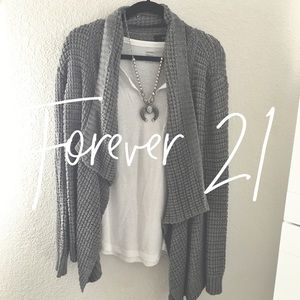 Forever 21 / gray waffle knit sweater