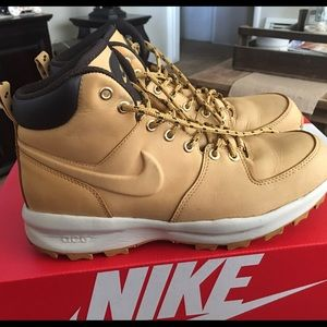 Nike Other - Nike Mens Boot