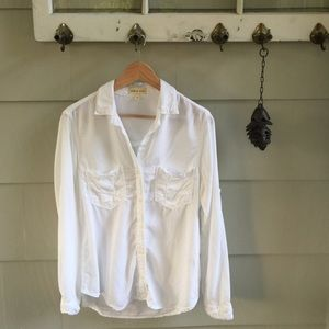 Cloth & Stone White Top Button-Up