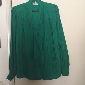 Oleg Cassini Tops - 100% silk blouse with removable necktie Looks new
