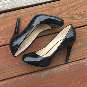 Shoes - Black Cute Heels Size 8.5