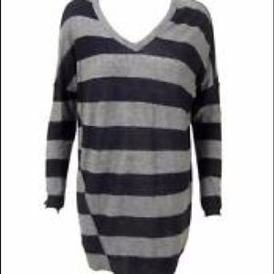 Anthropologie Sweaters - Vince Wool V-Neck Striped Oversized Sweater XS