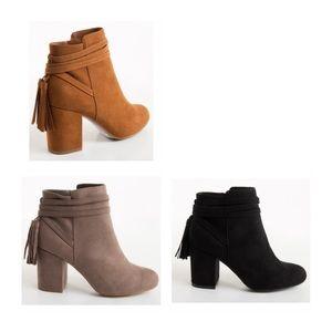 Shoes - ✨HOST PICK✨ Vegan Suede Ankle Bootie