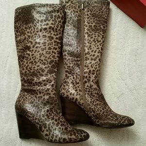 Impo Shoes - NWT IMPO CHEETAH SUEDY STRETCH Wedge boots