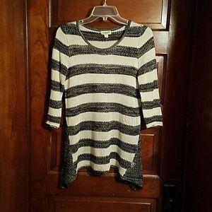 ONE WORLD Sweaters - One World Light Knit Black Beige Sweater S