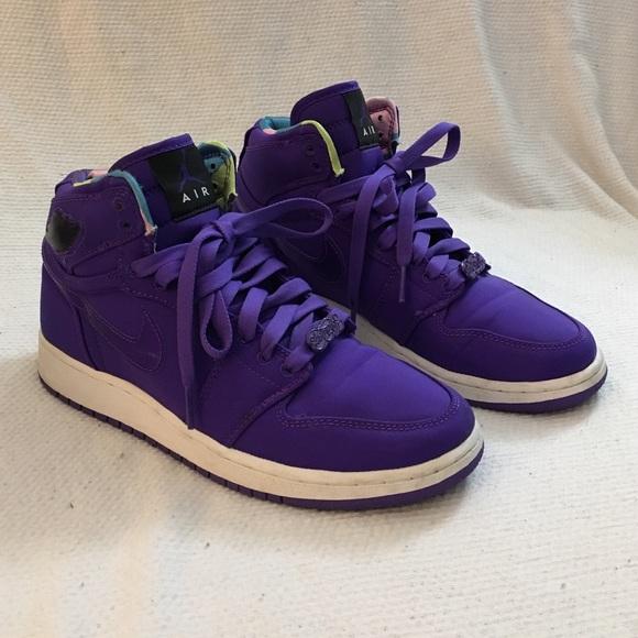 best website d61a1 85178 Rare Royal Purple Jordan 1 Hi - Size 8 Women's