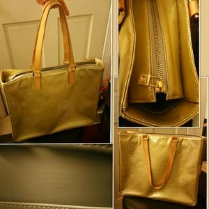Auth Louis Vuitton Vernis Columbus Shoulder Bag
