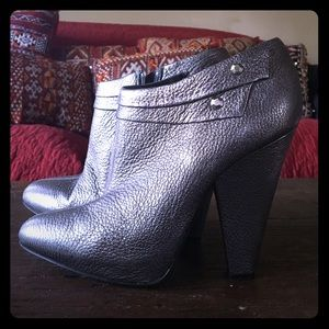 7 for all mankind Women's Booties sz 9.
