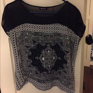 Unique Bargains Tops - Black and white print blouse. Size medium.