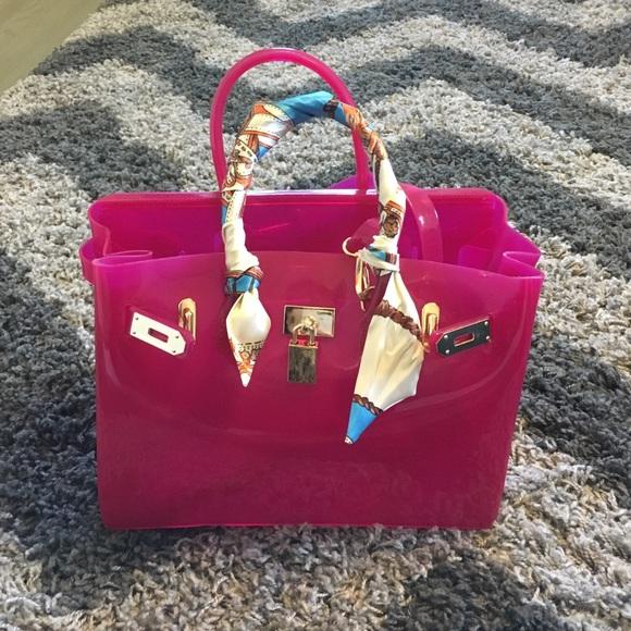 7a901e22c3 Beachkin Handbags - Jelly beachkin bag in fuschia