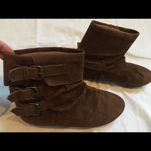 Diba Shoes - Brown suede booties. Excellent condition!!