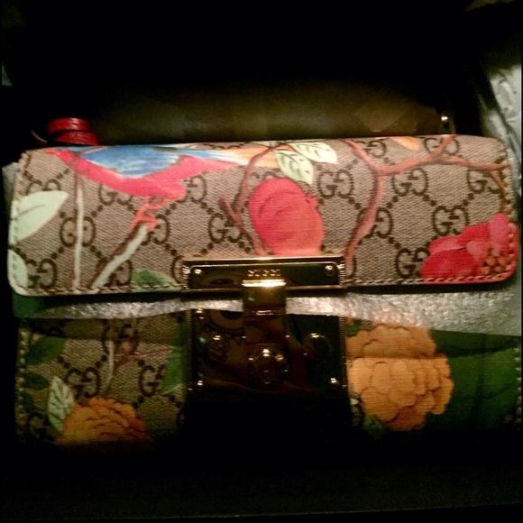 fa9a391cfe7843 Gucci Bags | Tian Padlock Shoulder Bag Nwt | Poshmark