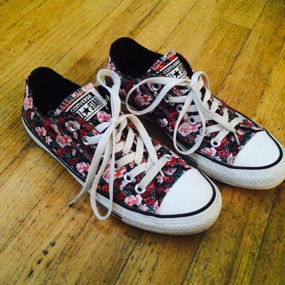 3c8bfdc5d197 Converse Shoes - Floral print converse