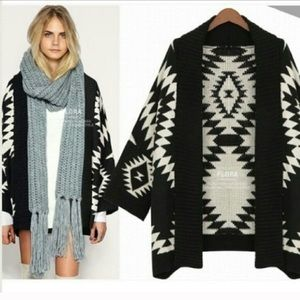 Cardigan by Issue M/L black and cream
