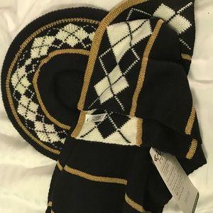aris Accessories - Aris Baret and scarf set