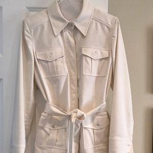 Ellen Tracy Jackets & Blazers - Gorgeous Ellen Tracy belted jacket, size 6